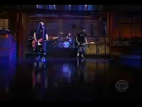 blink-182-the-rock-show-live-on-letterman