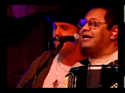 Assista: Trio Virgulino e Falamansa - Forró da Musa - DVD 26 anos