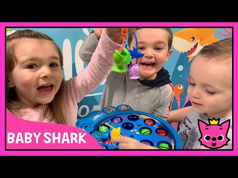 Pinkfong BABY SHARK Fishing Game   Let's Go Hunt!   Sing Along And Play With Baby Shark!