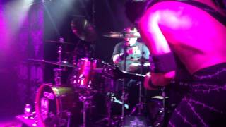 Doyle - Attitude Live At Black Thorn 51