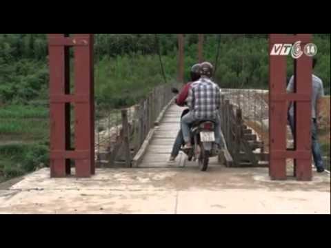 VTC14_Quảng Ninh: Một năm hai lần sửa chữa cầu treo