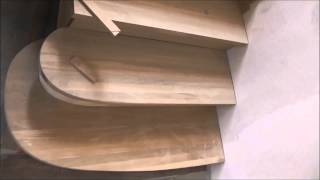 Поэтапная сборка лестницы. Часть 2.(Как самому сделать деревянную винтовую правильную лестницу из дерева в доме своими руками на второй этаж...., 2014-05-30T15:27:58.000Z)