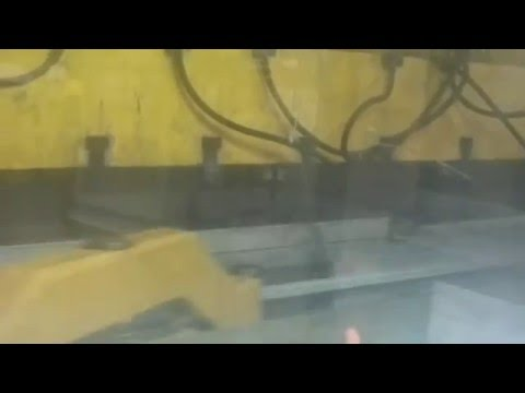 ZANI 2000 Tonnen  Motion Master Presse in Produktion