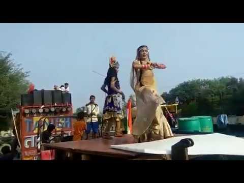 Kanha Kate Mat Na Chutki Teri Foot Javegi Matki Navratri Festival