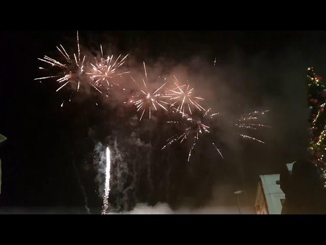Novogodišnji vatromet na Trgu slobode u Tuzli