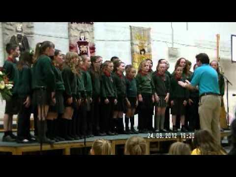 Cor Ysgol Dewi Sant Choir - Rhyl - Eisteddfod y Sir 2012 yr Urdd