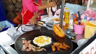 전설의 방비엥 샌드위치/ Legendary  Vang Vieng  sandwich making /  Vang Vieng  in Laos /  recipe/バンビエン/ラオス/ASMR