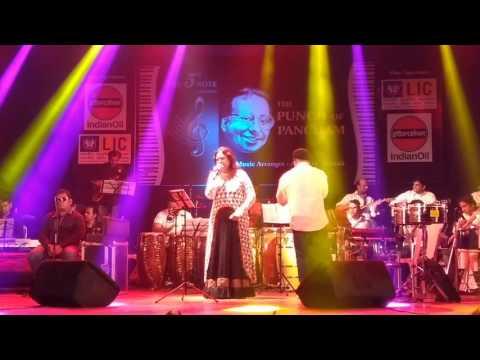 Logo Na Maro Ise| Asha Bhosle| Anamika [1973] | Pancham| R D Burman| Anupam Ghatak| Live Concert