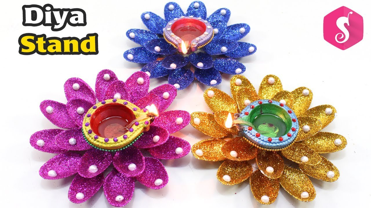 Diwali Pots Decoration From Glitters Diwali Craft Idea By Sonali S Creations Youtube