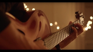 Chico Pinheiro plays solo guitar