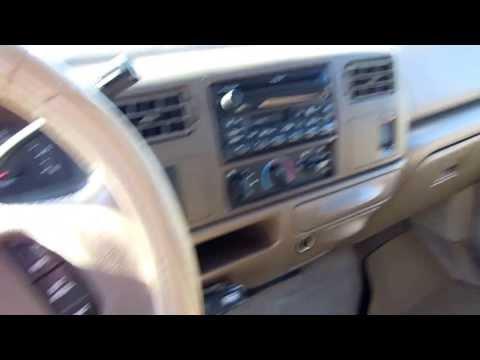 2000 Ford F-250 Lariat 4 door crew cab  4x4  Pickup truck. $8995