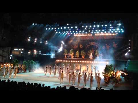 The Amazing Show in Splendid China Folk Village Shenzhen - Part 01