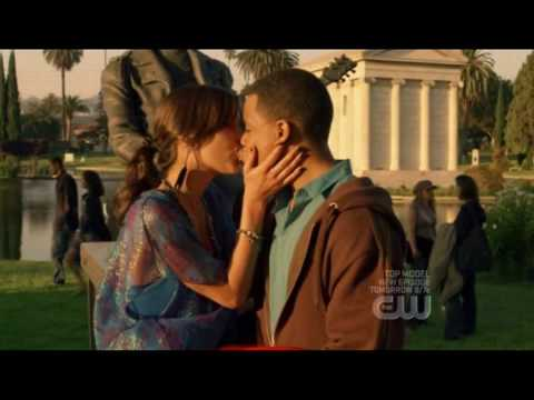 silver and dixon kiss the girl part 2 - jessica stroup and tristan wilds - 90210
