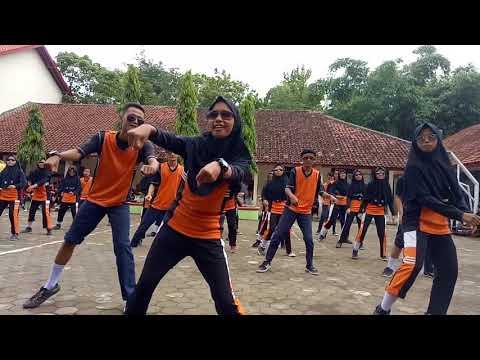 Temon holic 8c, SMP N 2 Banjarharjo