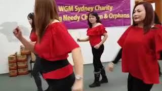 Twist line dance.