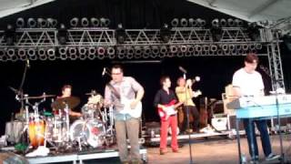 "They Might Be Giants ... ""your racist friend"" ... Bonnaroo 2010"