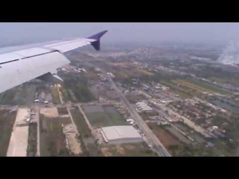 THAI Smile's Landing at Bangkok Suvarnabhumi Airport