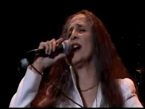 Maria Bethânia - Drama, Explode coração, Sob medida (ao vivo em Paris, 2009)