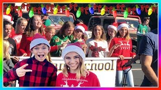 WE GOT TO BE IN A CHRISTMAS PARADE   House Update!   We Are The Davises