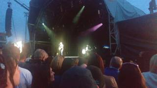 Bryan Adams Hearts On Fire Live Worcester