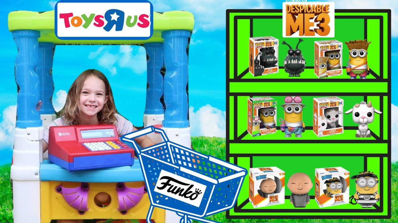 prank toys r us worker buys all the new toys at the fake. Black Bedroom Furniture Sets. Home Design Ideas