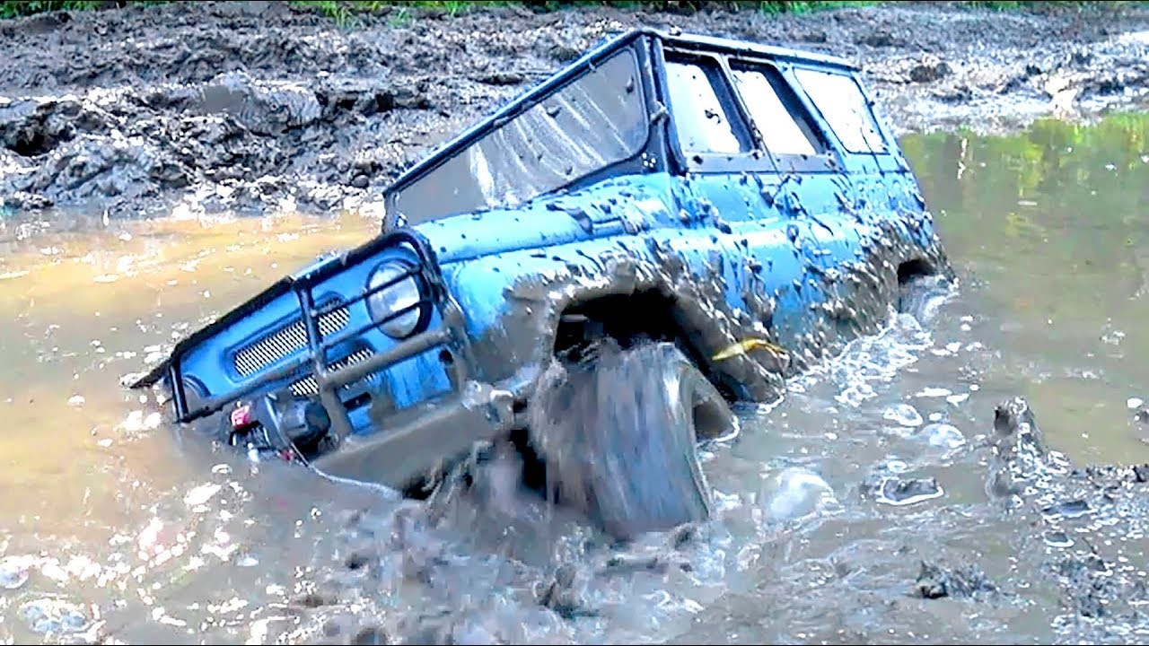 RC Cars MUD Racing Extreme UAZ Hunter VS Cherokee Axial SCX10 ii | Wilimovich