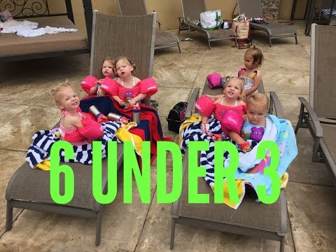 6 KIDS UNDER 3 AT THE POOL ⛱👙