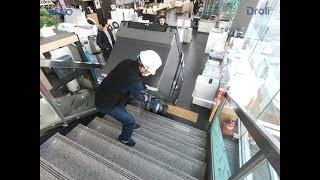 200kg 넘는 양문형냉장고를 혼자 계단운반하기(롯데하이마트) SANO LIFTKAR-HD stairclimber with a heavy fridge in LOTTE HiMart