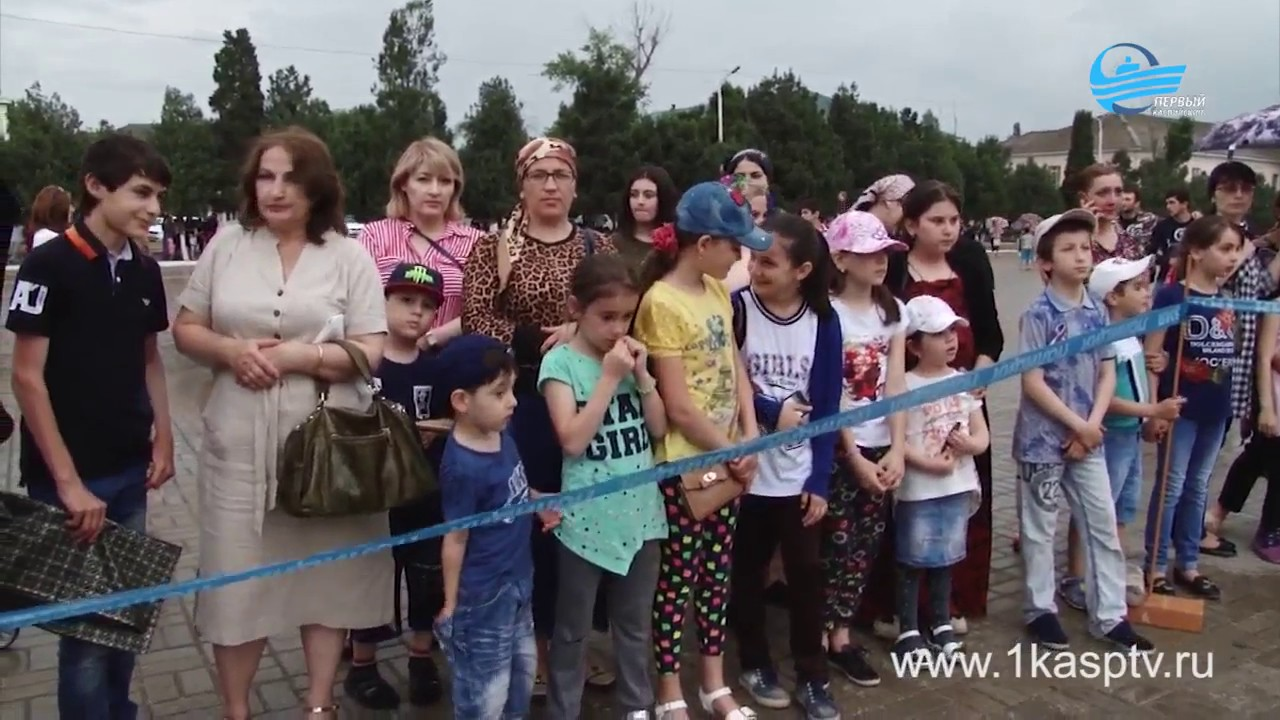 «День России» отметили праздничной концертной программой на городской площади
