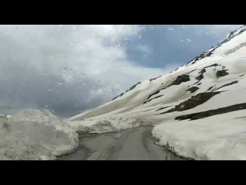 ROHTANG PASS SNOW DRIVE