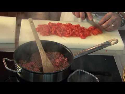 sauce-bolognaise-par-pierre-dominique-cécillon-pour-larousse-cuisine