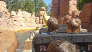 Wild West Falls (2016 Refurbishment) - Warner Bros Movie World