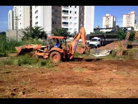 Retro Escavadeira FIATALLIS FB80.2 para locação em GOIÂNIA-GO - STONEPAVERS
