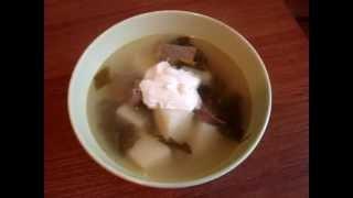 Зелёный борщ (суп с щавелем)