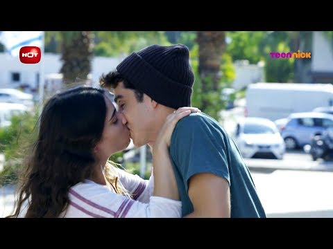 נעלמים 2: הרגעים הגדולים - שירה מנשקת את עומר | טין ניק
