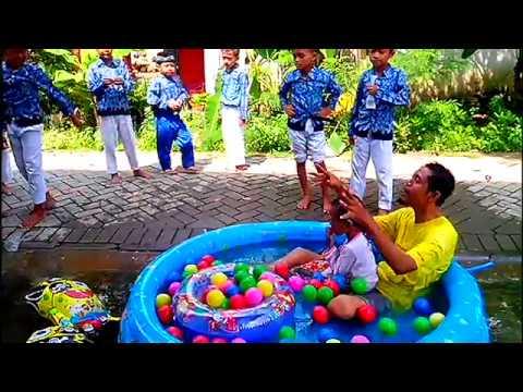 Asik Bermain Air - Kolam Air Mainan Anak - Mandi Bola Balon Karakter Spongebob