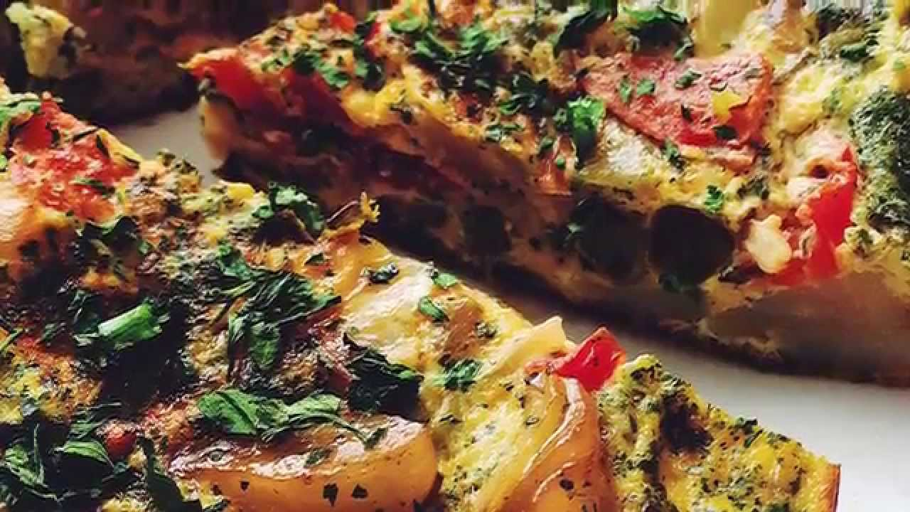 Испанская тортилья с луком и картофелем