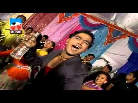 Mandavan Pivla Hodka....(Marathi Lokgeet Lagnageet)