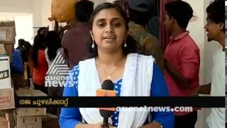Gaja Cyclone: No sufficient relief materials at Trivandrum collection centre
