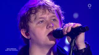 Lewis Capaldi - Someone You Loved (New Pop Festival - Das Special - 2019-09-20)