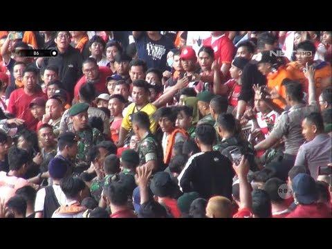 Pengamanan Tim 86 Disaat Pertandingan Persija vs Persib di GBK