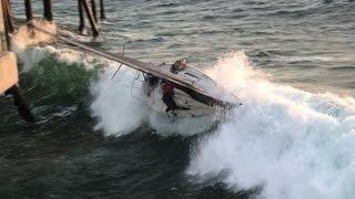 De pijlers van de Redondo Beach Pier tegemoet...