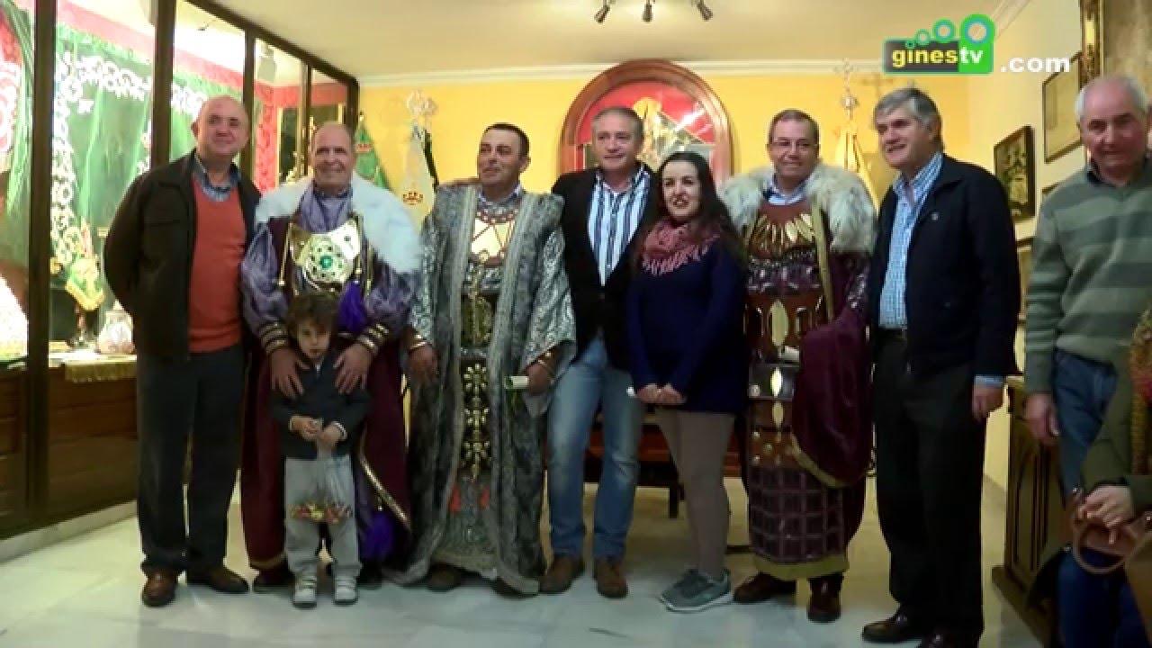 """La """"prueba de trajes"""" de los Reyes Magos, preludio de la Cabalgata 2016"""