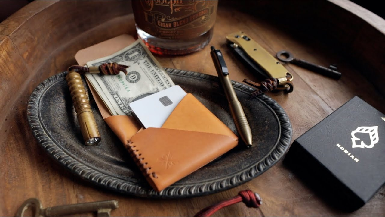 The BEST Minimalist Wallets??  | Das Offene Meer Leather TopSider & Houbei