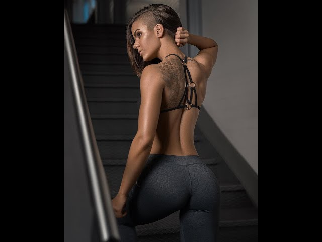 fitness model Michell Kaylee Workout Motivation