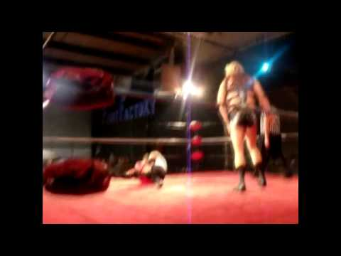 isis amazon wrestler