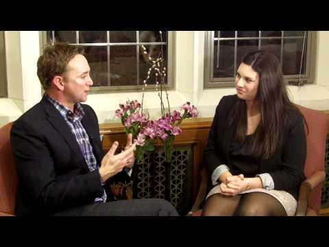 Boston College Television's Stephanie Winiarski Interviews Clinton Kelly