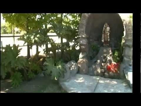 Gruta de la virgen del carmen en corral victoria youtube for Cascadas para jardin piedra