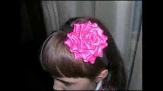 Креативные цветы из атласных лент