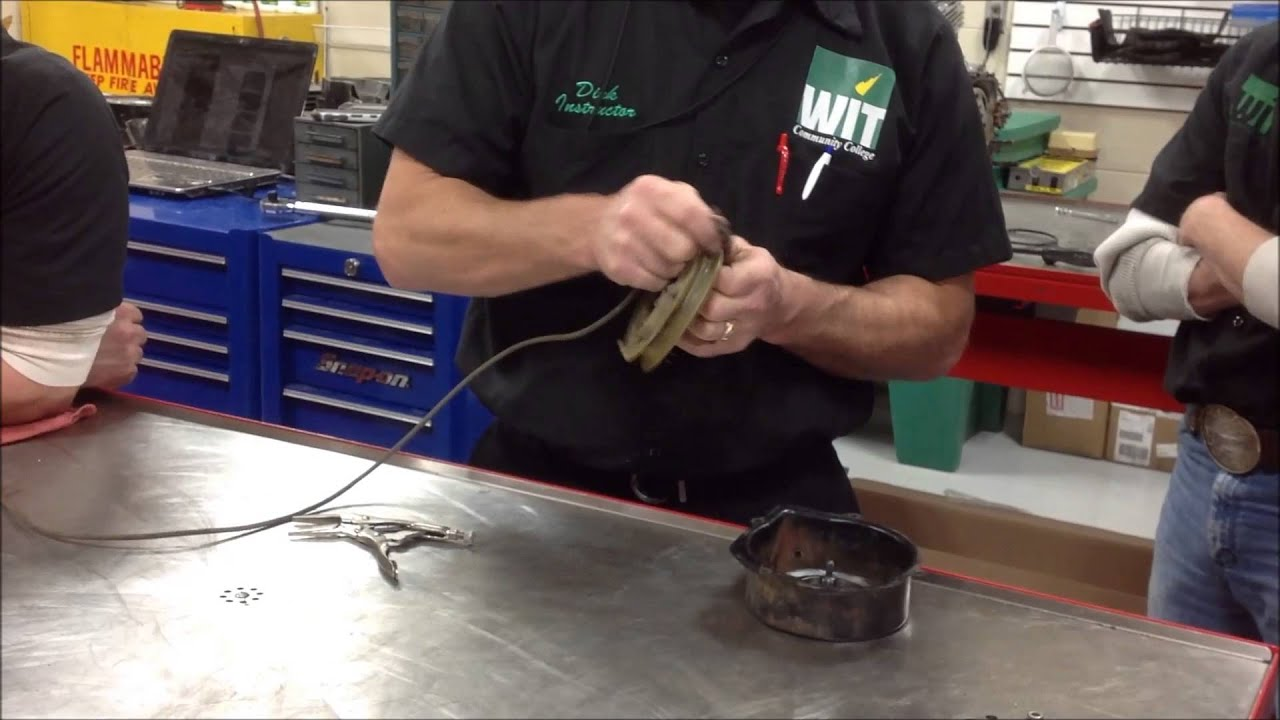 How To Rewind A Starter Rope And Recoil Rebuild On Small Engines Grizzly 350 Wiring Diagram Atv Honda Briggs